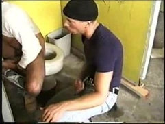 gloryhole piss drinker