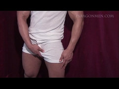 italian muscled stud tony jerks and blow a load