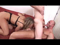 Fit dude fucks hunk and good looking girl Kristi Lust in bi threesome