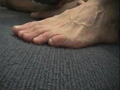 Worship his feet