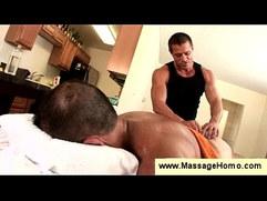 Masseur uses vibrator to tease buttholes