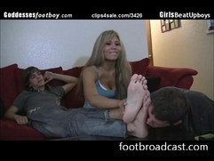 Bitch forces guy to workship her bfs feet