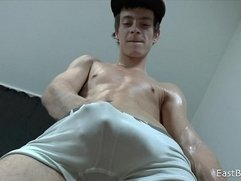 18 Cute Boy whit Big Dick